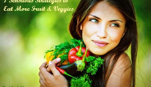 7 Yummy Strategies to Eat More Fruit & Veggies During Pregnancy